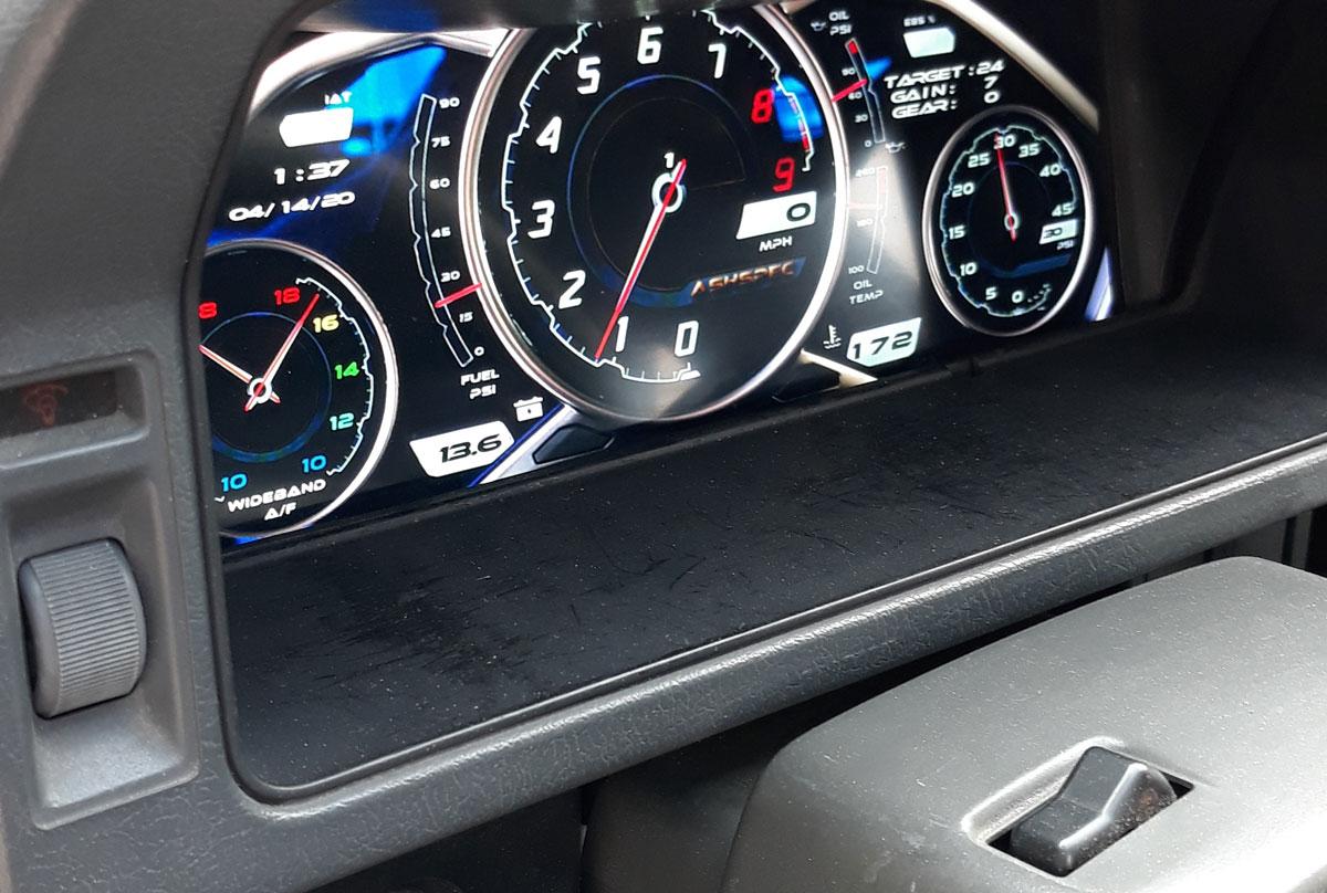 ash dash in car